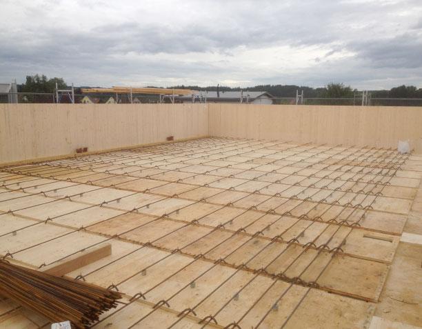 Holz-Beton-Verbund (HBV): eingelegte Armierungseisen als Verbindungsmittel | Krattiger Holzbau AG Amriswil