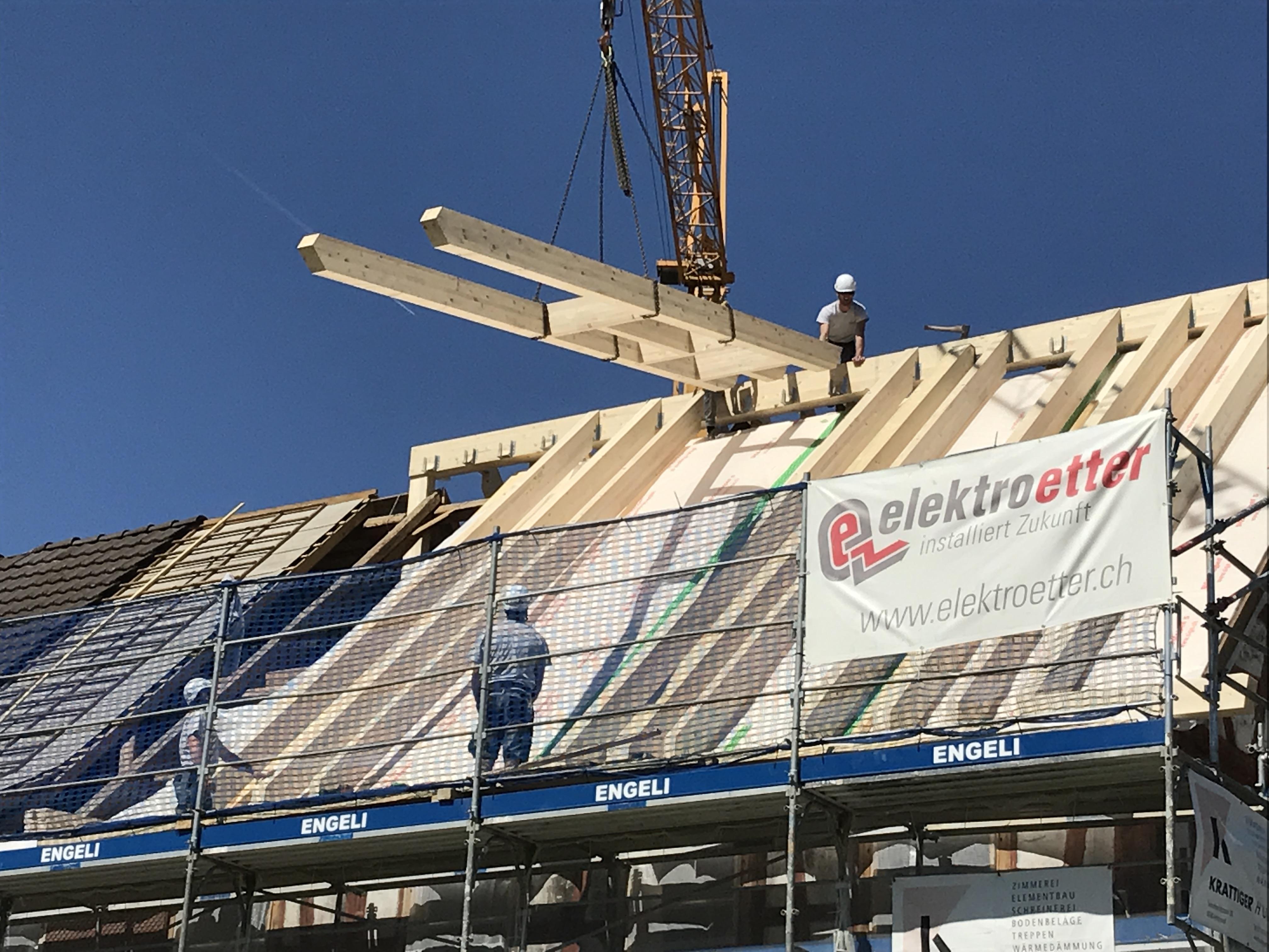 Bessere Wärmedämmung: Neue Dachkonstruktion für Gizehus Amriswil | Krattiger Holzbau AG Amriswil