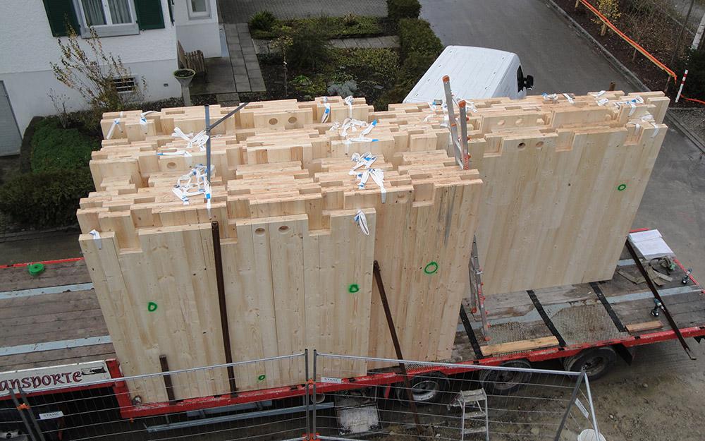 Vorgefertigte Holzbauteile für Mehrfamilienhaus | Krattiger Holzbau AG Amriswil