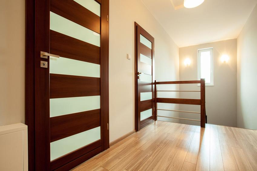 Innenausbau: Türe aus Holz | Krattiger Holzbau AG Amriswil