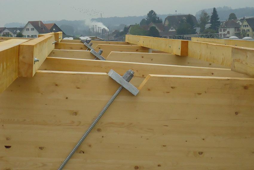Grossflächige Bauteile: Dachträger aus Holz für die Muldenzentrale Amriswil | Krattiger Holzbau AG Amriswil